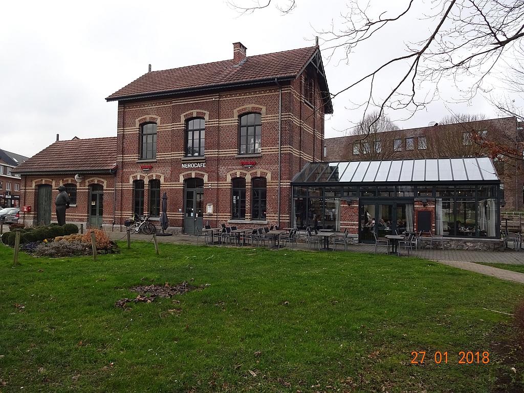 Les gares belges d 39 autrefois l 39 ancienne gare vicinale de for Garage de la gare bretigny
