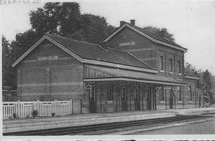 Les gares belges d 39 autrefois la gare de beervelde guy for Garage de la gare bretigny