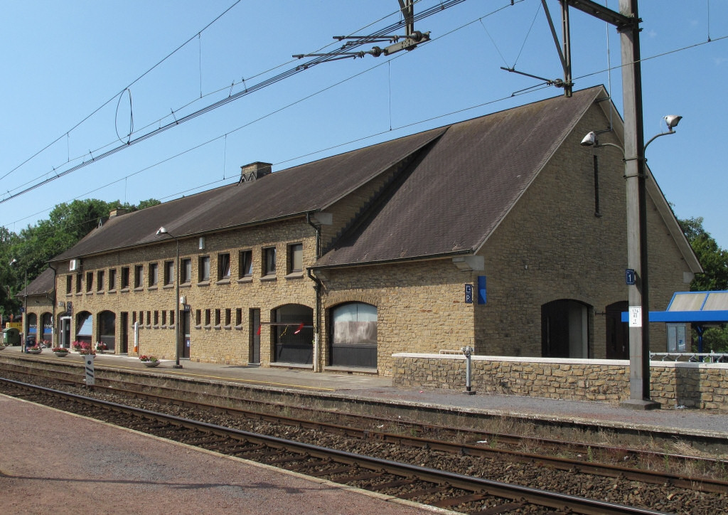 Les gares belges d 39 autrefois la gare de marbehan guy for Garage de la gare bretigny
