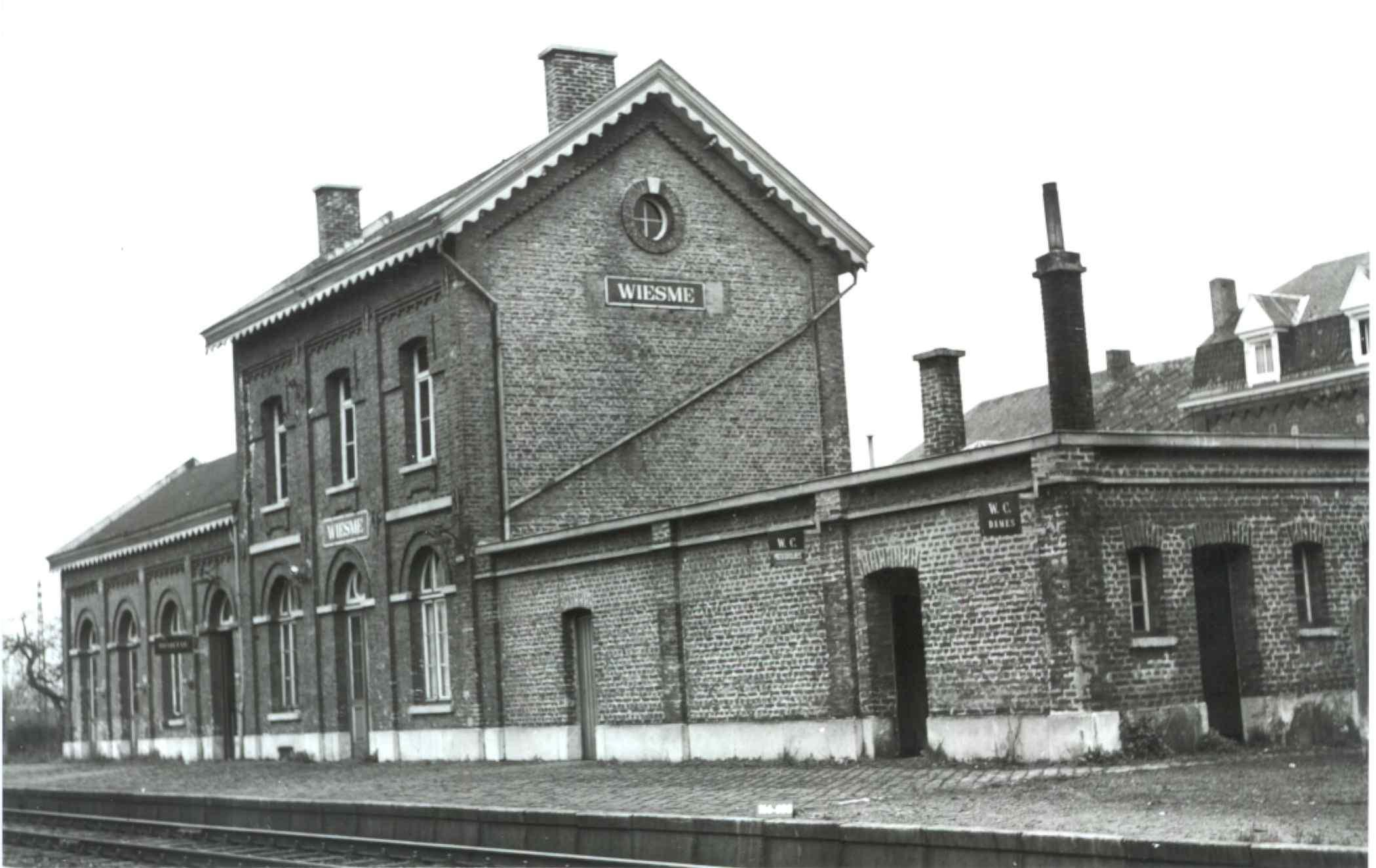 Les gares belges d 39 autrefois la gare de wiesme guy for Garage de la gare bretigny